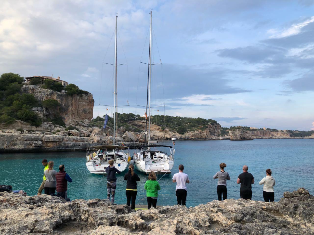 Sail & Yoga mit Caro um Mallorca